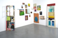 10_2006-installation-view-oil-on-fabrics-wooden-drawers-doors-250x200-cm.jpg